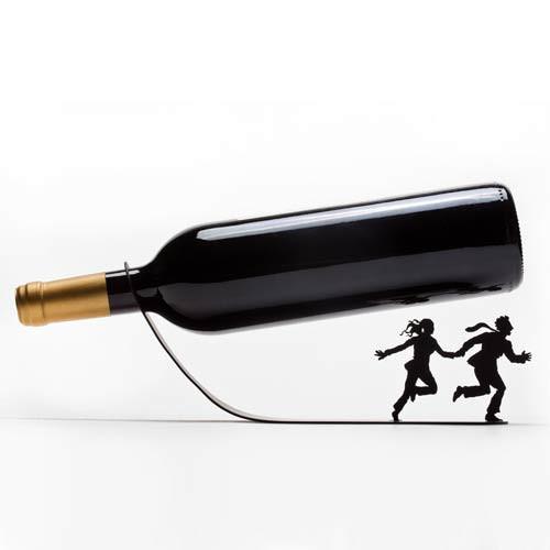 מעמד יין - אנשים בורחים