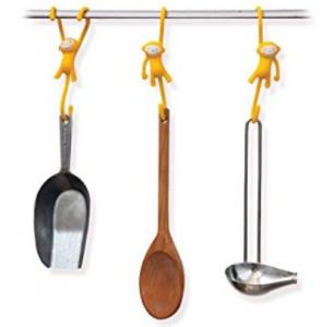 מתלים למטבח קופים תלויים - צהוב