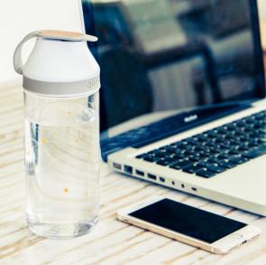 בקבוק מעוצב QUOKKA MINERAL ASH